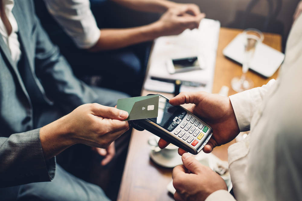 Contactless cards will threaten cash usage in the US