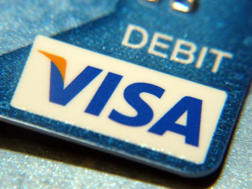 MoneyGram expands Visa debit card deposit service across Europe
