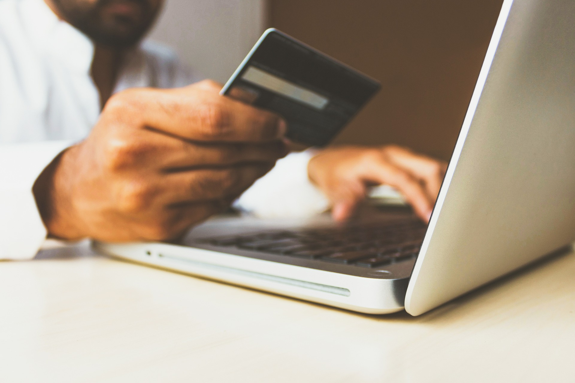 Instacart taps JPMorgan Chase to issue credit cards
